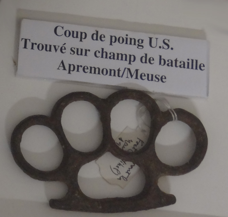 Poing américain us ww1 ? 61-cou10