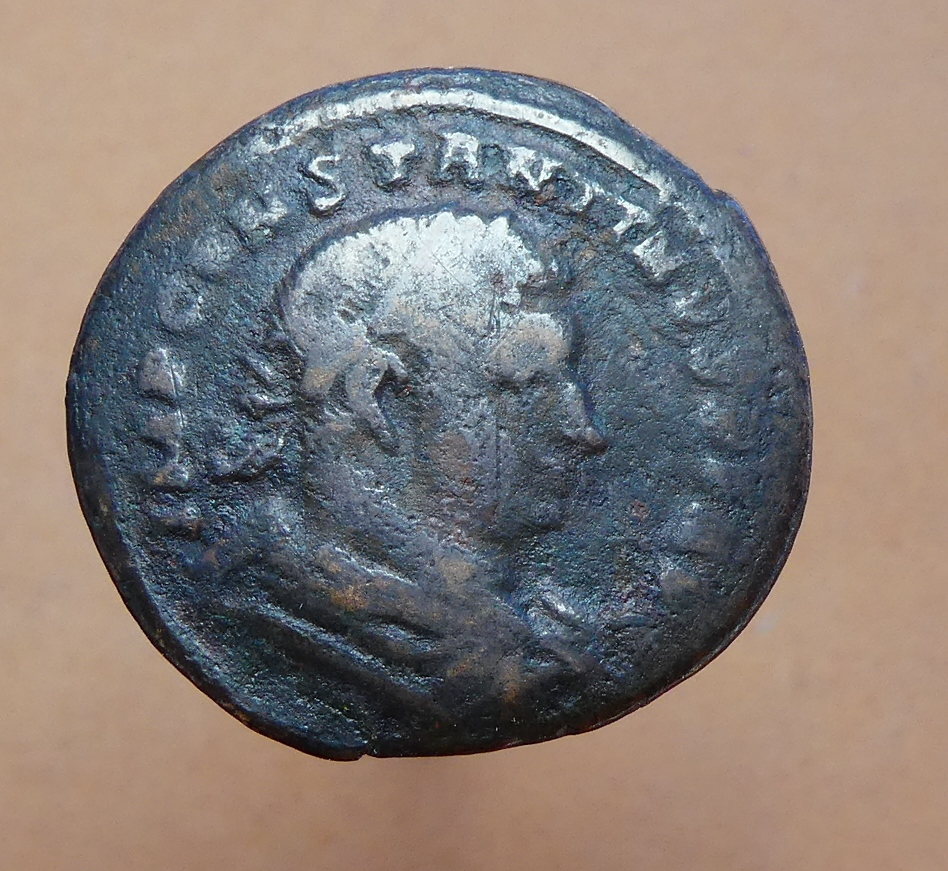 Nummus de Constantino I. MARTI CONSERVATORI. Trier (?) 20_1710
