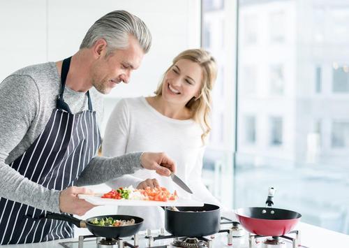 7 raisons de sortir avec un homme plus âgé 34282610