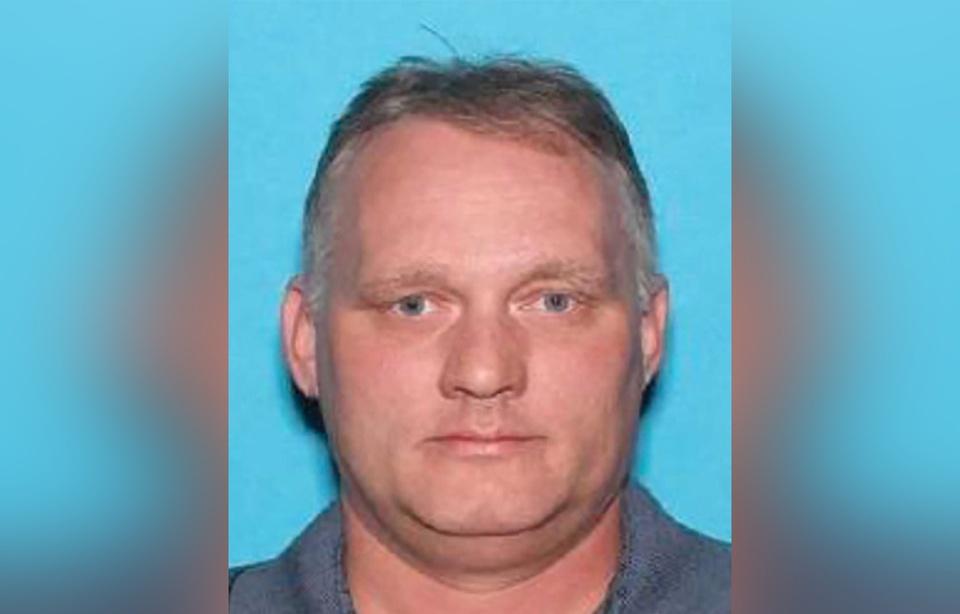 Tuerie antisémite à Pittsburgh: Inculpé pour «crimes haineux», le tireur-présumé encourt la peine de mort 960x6114