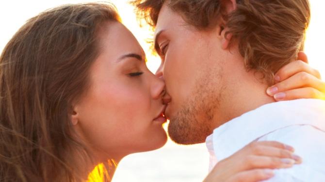 Ces couples qui ne s'embrassent plus Couple15