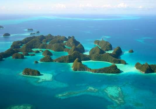 Un archipel du Pacifique bannit la crème solaire pour sauver son corail Fe622010