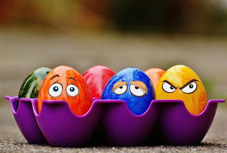 Concours du plus bel œuf de pâques  - Page 3 Jalna10