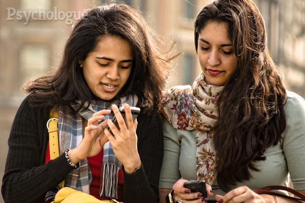 La nomophobie, la peur d'être séparé de son mobile La-nom10