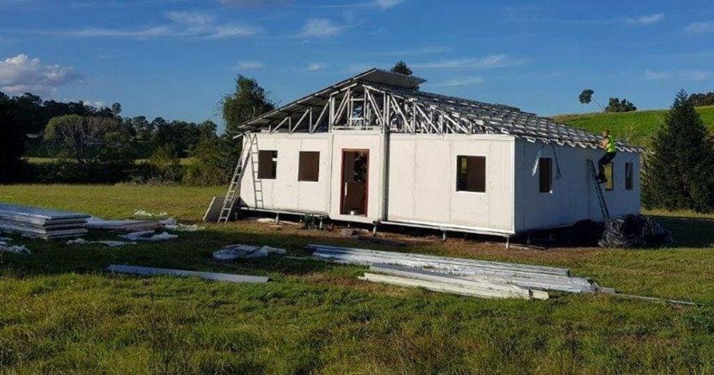 Des maisons préfabriquées à partir de 2 600 euros ! Une-am10