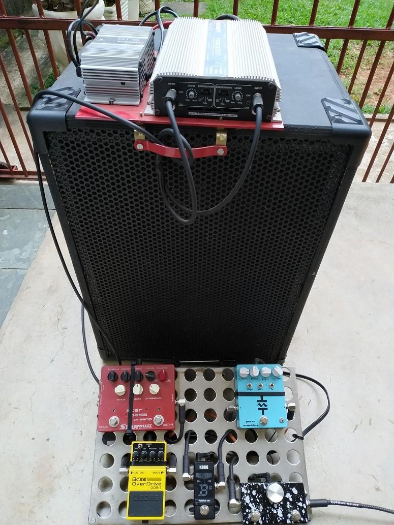 Curiosidade quanto a um set com amplificador não de contrabaixo - Página 6 Img_2011