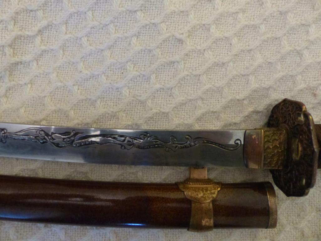 Katanas et Wakizashi P1090021