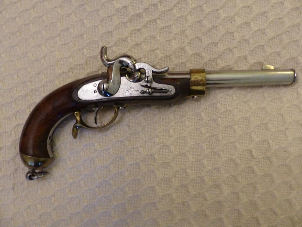 Pistolet Prussien à percution ? P1090025