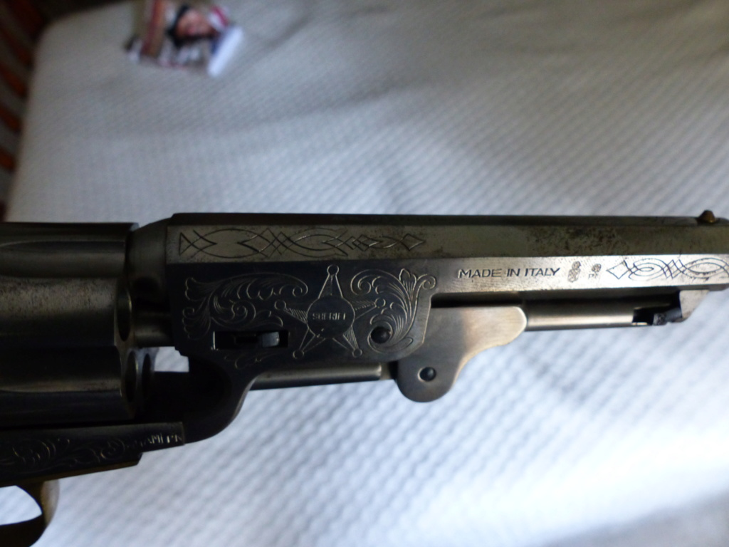 deux colt de marque Coltman P1090031