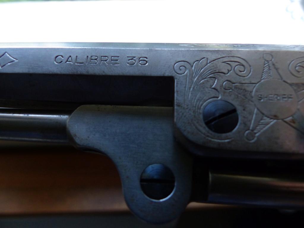 deux colt de marque Coltman P1090035
