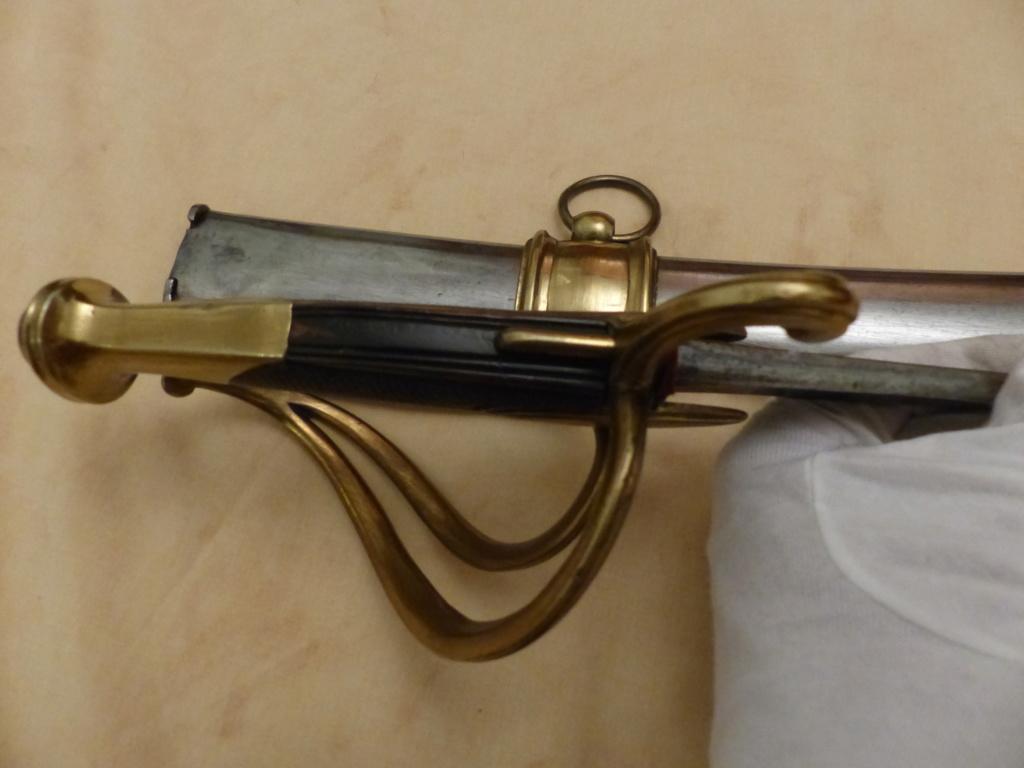 Les sabres d'officier de cavalerie légère à la chasseur - Page 2 P1090654