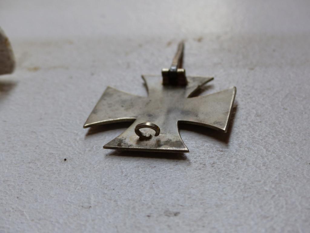 Croix de fer à identifier plus précisément P1090714