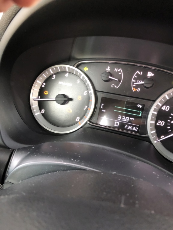 Preciso de ajuda  Nissan Sentra 15 pane  Baa1e410