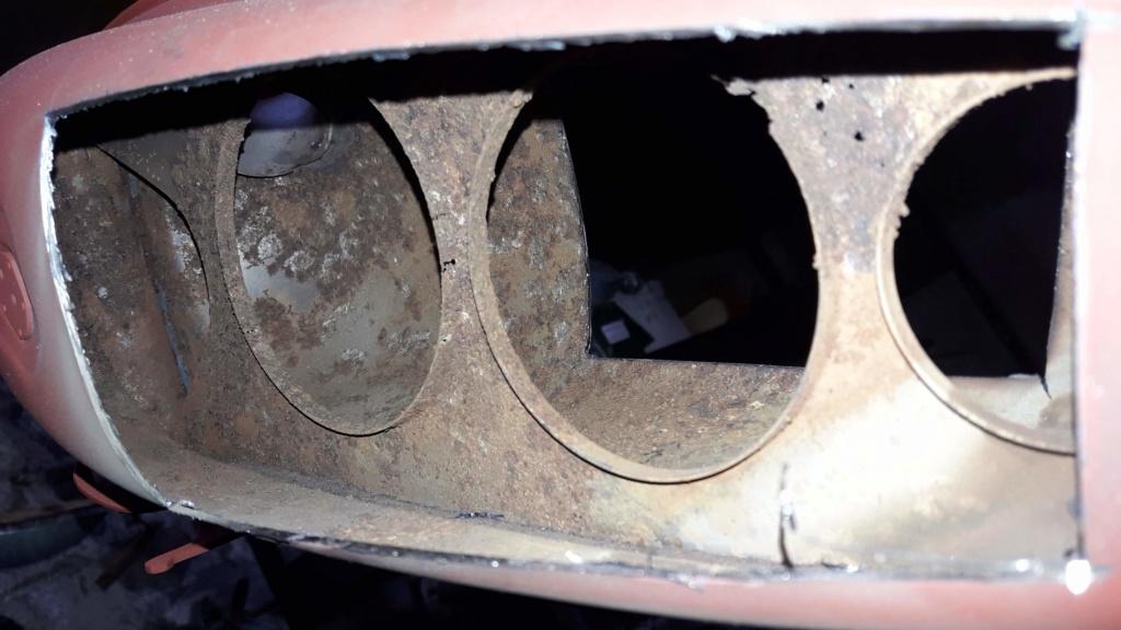 Réparer un trou (gouffre) dans un réservoir  20200210
