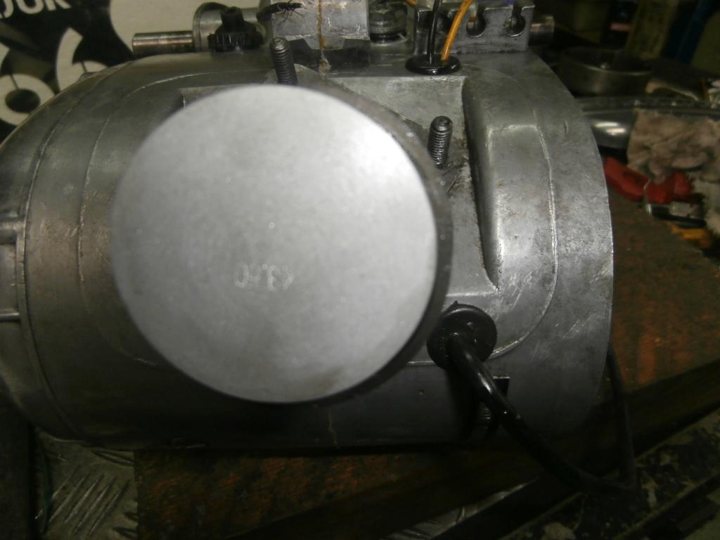 Rénovation moteur de Flandria SP537 Pc100010