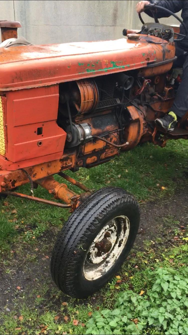 tracteur renault super 6D Img_0310