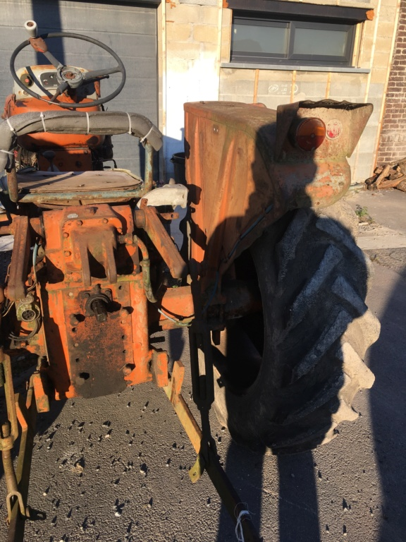 tracteur renault super 6D Img_0312