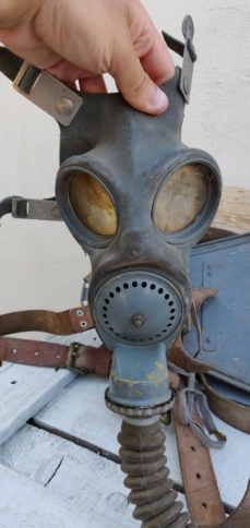 Masque à gaz français jamais vu auparavant  Img_2302