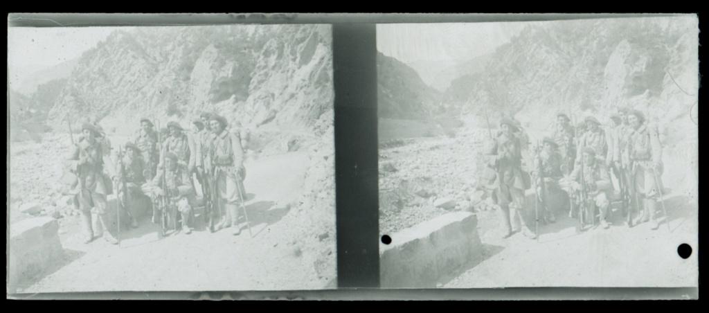 Plaques photos chasseurs alpins ww1 ou entre deux guerres ?  Numear71