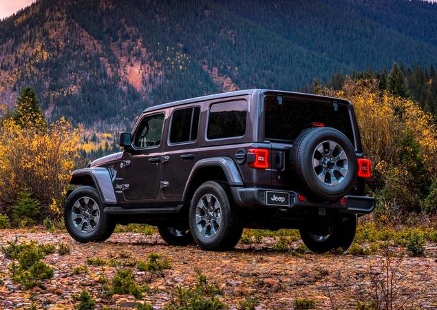 Novo Wrangler revoluciona ícone da Jeep 10241410