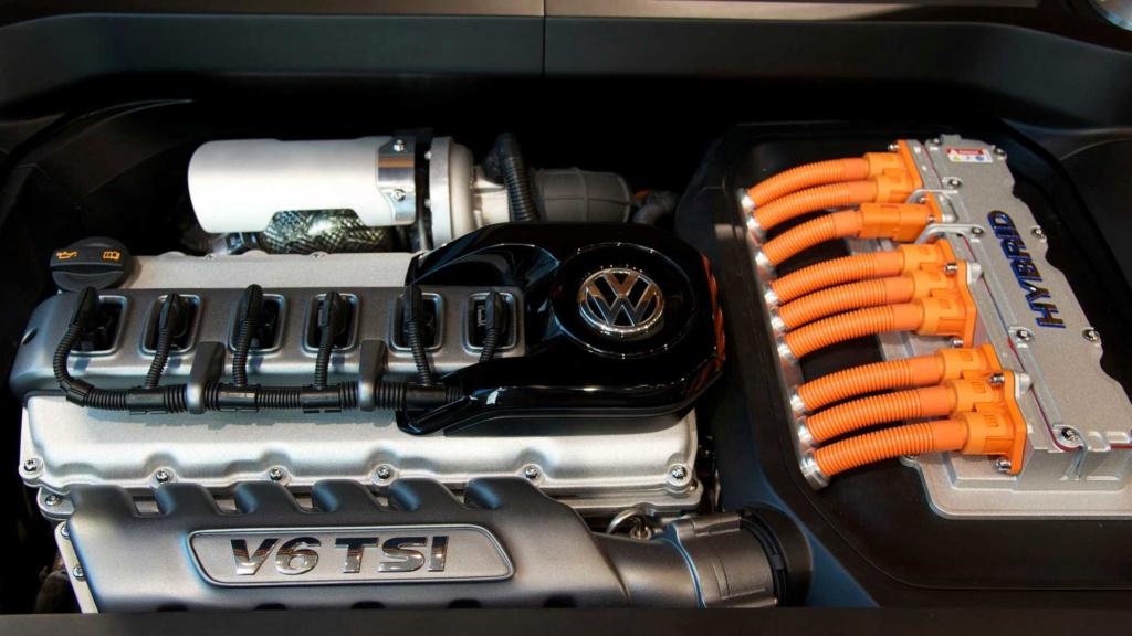 Nova geração do VW Tiguan chega em 2022 com visual mais ousado 2013-v12