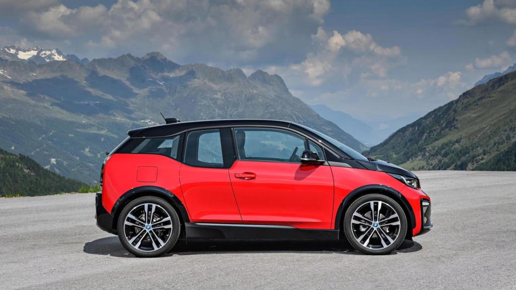 Novo BMW i3 120Ah entra em pré-venda a partir de R$ 205.950 2018-b17
