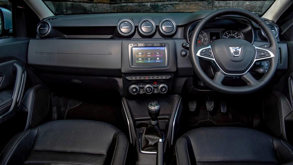 Dacia se apressa para lançar SUV híbrido e reduzir emissões 2018-d30