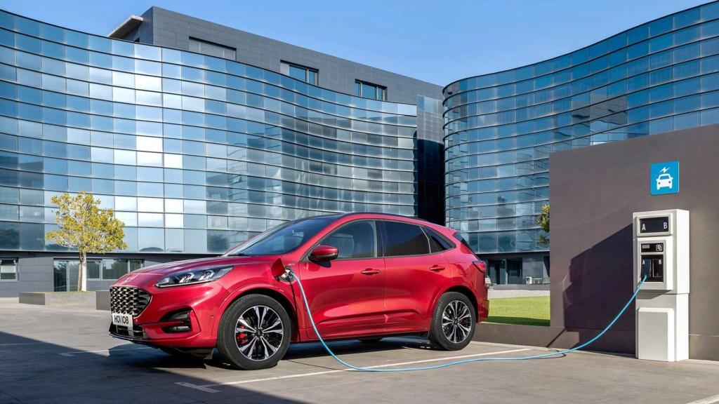 Lançamento: Novo Ford Escape 2020: SUV do Focus é revelado e pode vir ao Brasil desafiar o Compass 2019-f18
