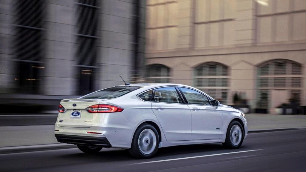 Perto do fim, Ford Fusion perde versão V6 nos EUA 2019-f31