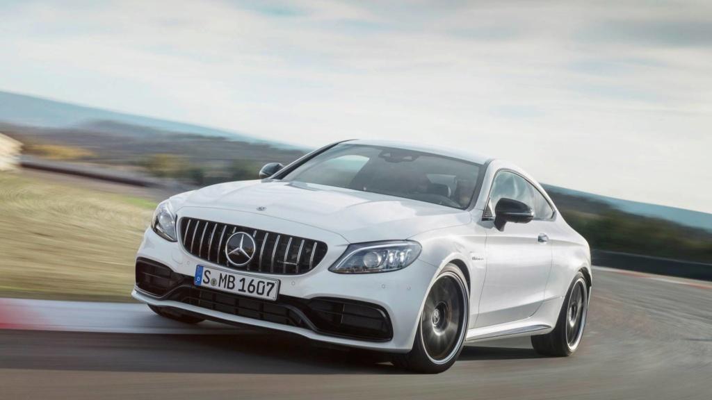 Nova geração do Mercedes-AMG C63 terá tração 4WD e modo drift 2019-m26
