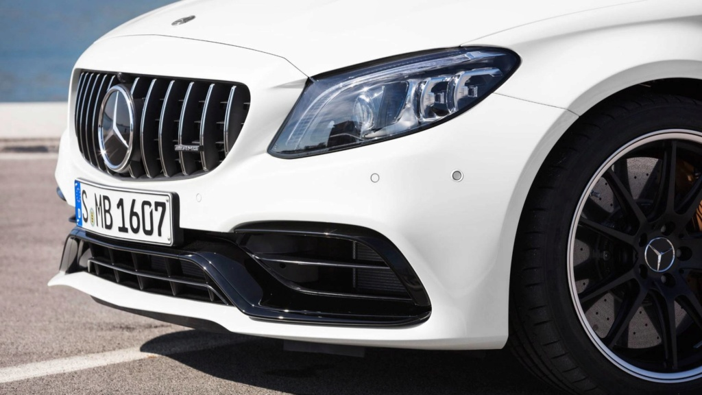 Nova geração do Mercedes-AMG C63 terá tração 4WD e modo drift 2019-m27