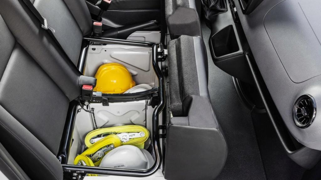 Nova Mercedes-Benz Sprinter será lançada no final do ano 2019-m35