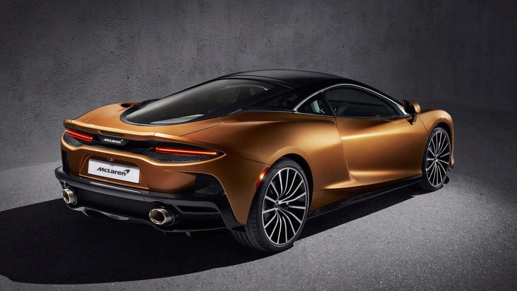 McLaren diz que SUVs são chatos e que nunca fará um 2019-m46