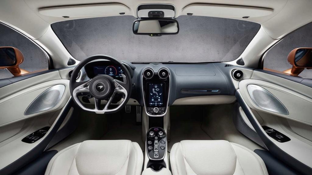McLaren diz que SUVs são chatos e que nunca fará um 2019-m48