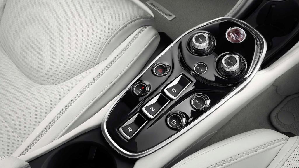 McLaren diz que SUVs são chatos e que nunca fará um 2019-m49