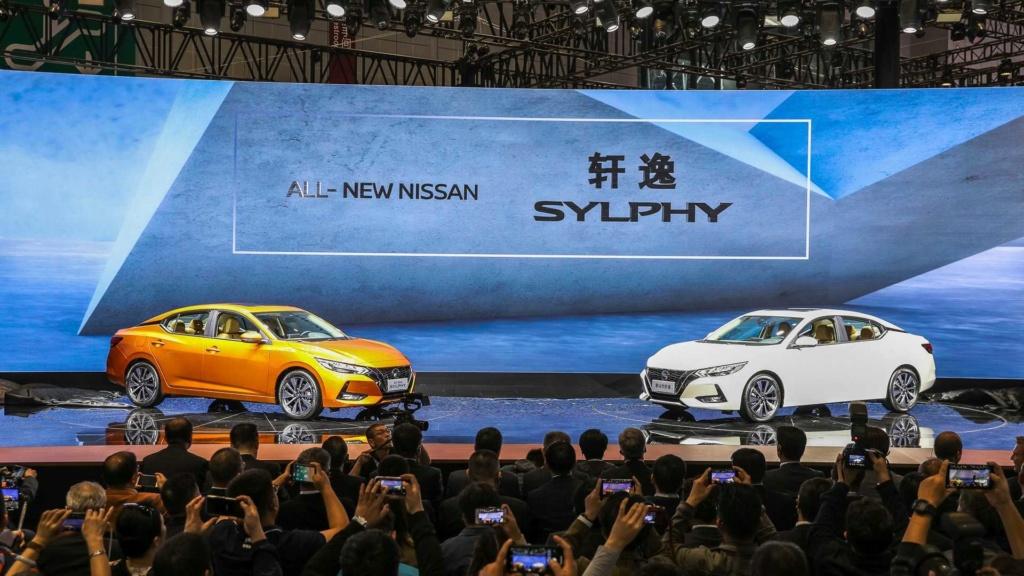 Nova geração do Nissan Sentra aposta no design e virá ao Brasil 2019-n14
