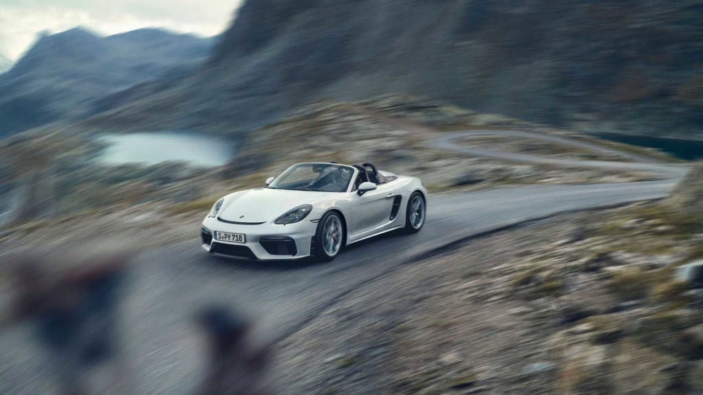 Porsche 718 Cayman GT4 e 718 Spyder: motor 4.0 aspirado, 420 cv e câmbio manual! 2019-p10