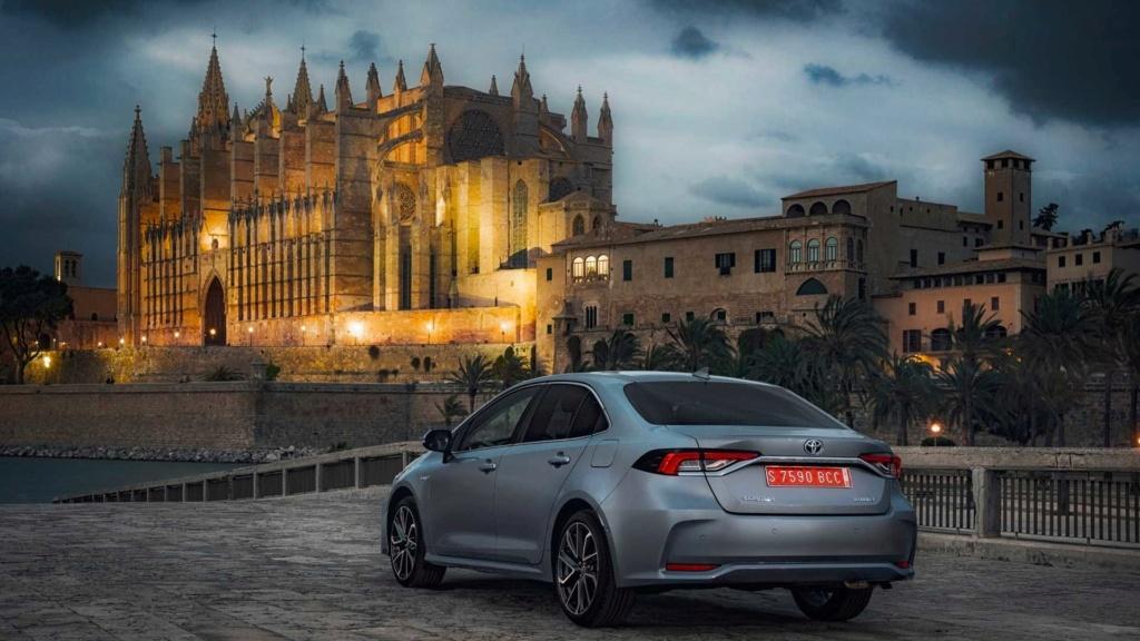 Toyota revela dados do novo Corolla Híbrido Flex nacional 2019-t12
