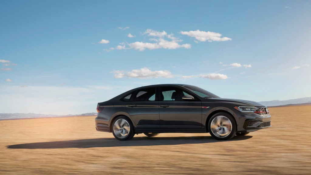 Volkswagen Jetta GLi 2.0 turbo chega à Argentina por R$ 128 mil 2019-v37