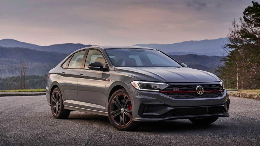 Volkswagen Jetta GLI 2.0 turbo chega ao Brasil por R$ 144.990 2019-v47
