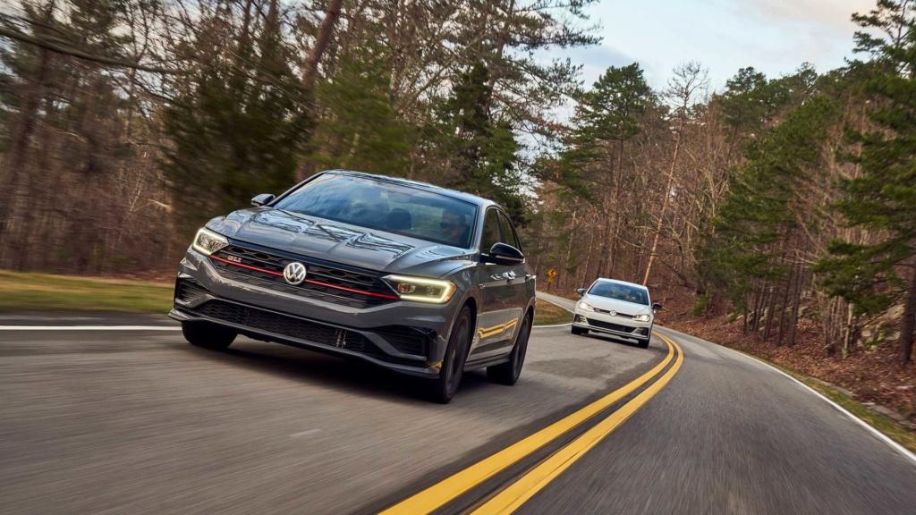 Volkswagen Jetta GLI 2.0 turbo chega ao Brasil por R$ 144.990 2019-v55