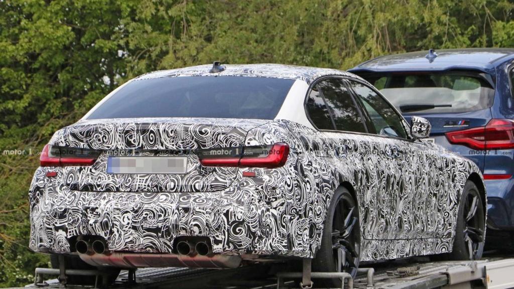 Novo BMW M3 2020 se revela por baixo em carreta 2020-b20