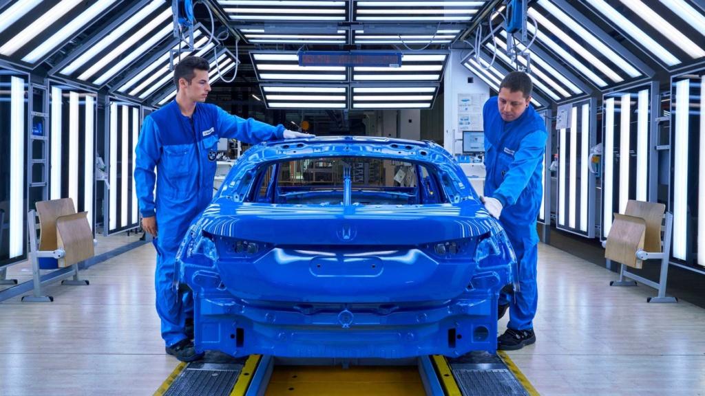 BMW inicia produção do Série 1 2020, o primeiro com tração dianteira 2020-b30