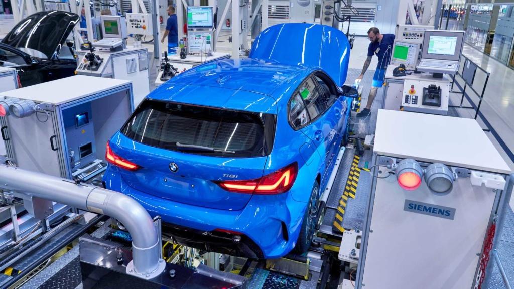 BMW inicia produção do Série 1 2020, o primeiro com tração dianteira 2020-b31