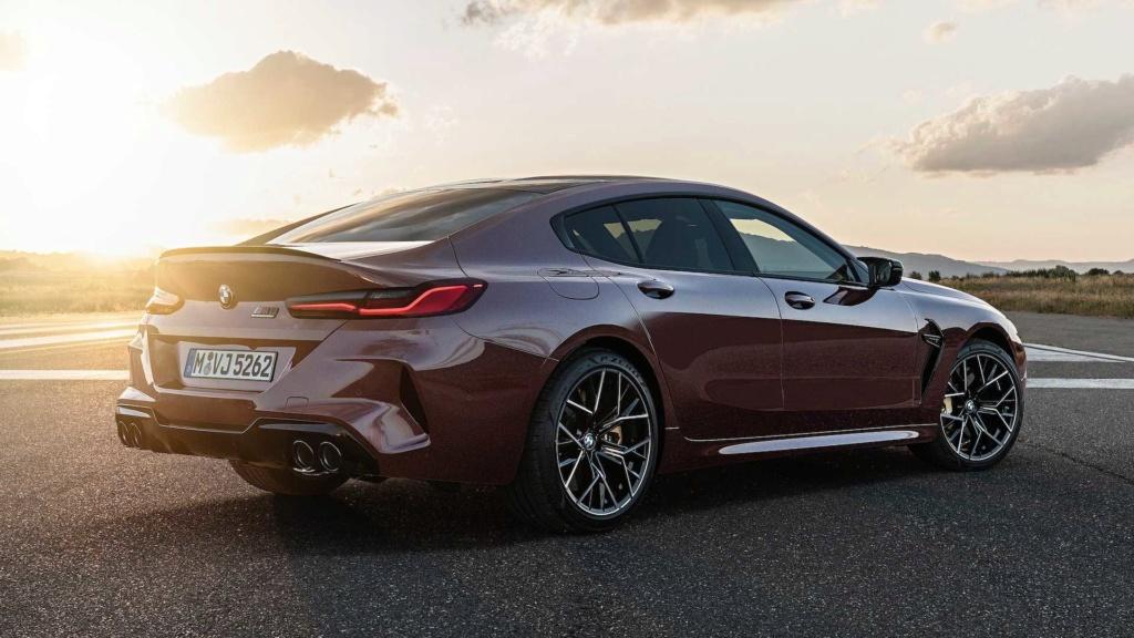 BMW M8 Gran Coupe é revelado com até 625 cv 2020-b54
