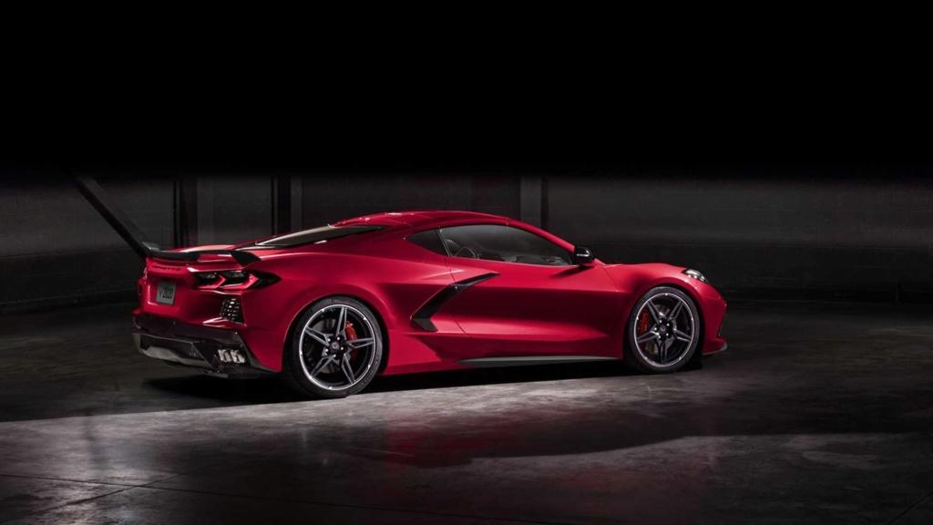 Chevrolet Corvette 2020 estreia com motor central de mais de 500 cv 2020-c16