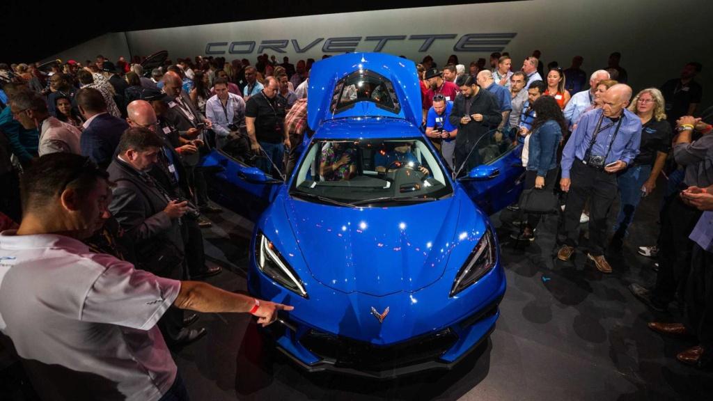 Produção do primeiro ano já foi quase toda vendida do novo Corvette 2020 2020-c28