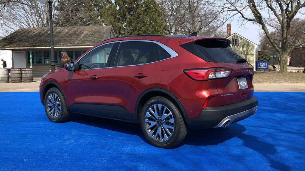 Lançamento: Novo Ford Escape 2020: SUV do Focus é revelado e pode vir ao Brasil desafiar o Compass 2020-f10