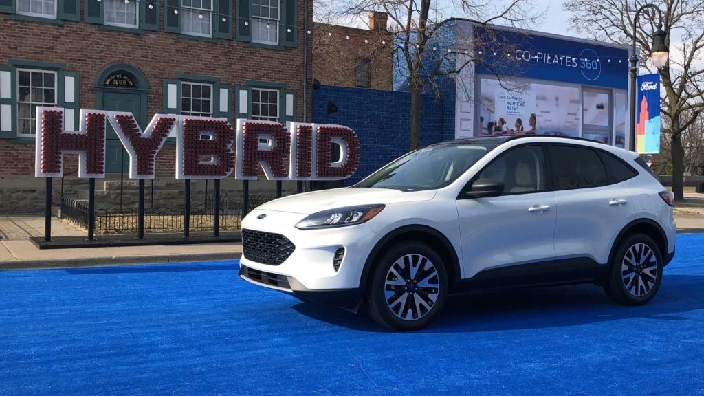 Lançamento: Novo Ford Escape 2020: SUV do Focus é revelado e pode vir ao Brasil desafiar o Compass 2020-f11