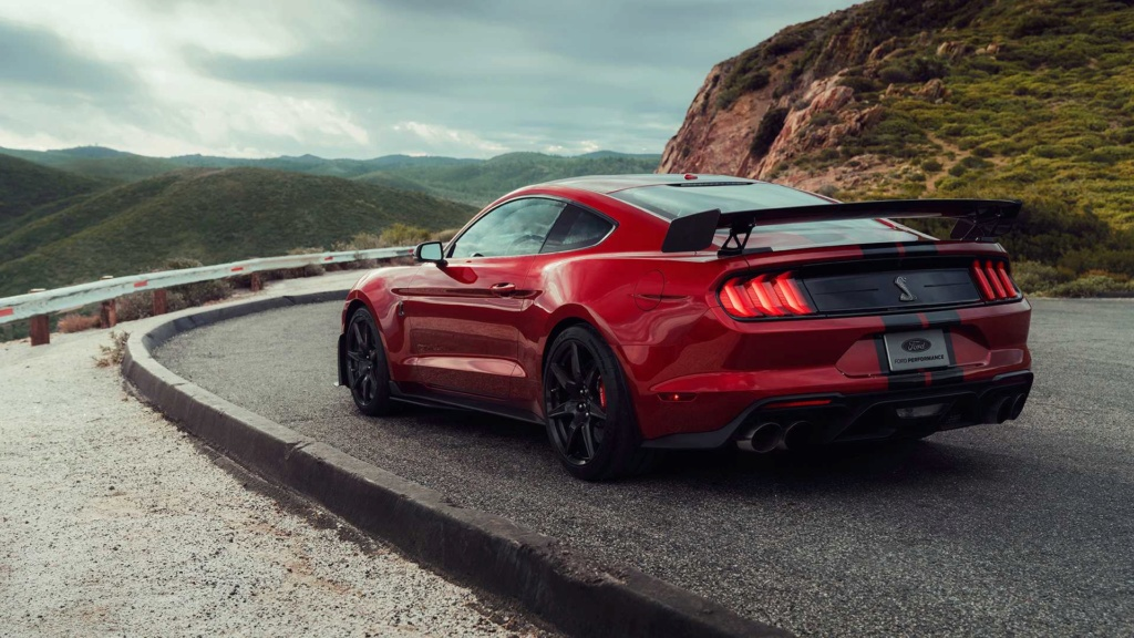 Mustang Shelby GT500 2020 é apresentado com motor V8 de 771 cv 2020-f16